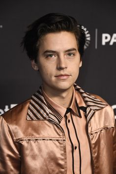 "Cole Sprouse Photos - Cole Sprouse attends The Paley Center For Media's 35th Annual PaleyFest Los Angeles - ""Riverdale"" at Dolby Theatre on March 25, 2018 in Hollywood, California. - The Paley Center For Media's 35th Annual PaleyFest Los Angeles - ""Riverdale"" - Arrivals"