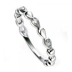 9ct White Gold Diamond Set Beaded Ring#diamonds #diamondrings #engagementring #love #wedding #fashion #style #jewellery