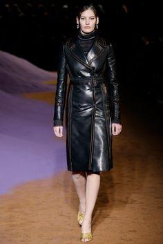Prada Spring 2015 Ready-to-Wear Fashion Show - Amanda Murphy