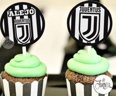 Kit Imprimible Juventus Cumple Candy y Deco Personalizado Cupcakes, Event Decor, Baby Shower, Ariel, Desserts, Gifts, Food, Football Decor, Cup Decorating