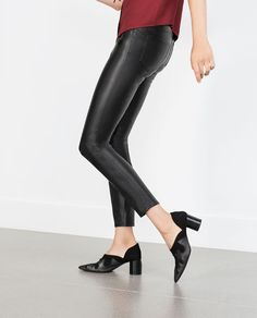 Image 4 of FAUX LEATHER SKINNY JEANS from Zara