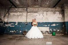 """Résultat de recherche d'images pour """"photo de couple mariage originale"""" Girls Dresses, Flower Girl Dresses, Photo Couple, Images, Wedding Dresses, Flowers, Photos, Fashion, Quirky Wedding"""
