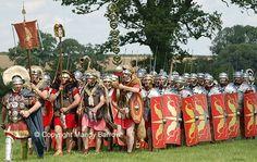 Facts about Romans for Kids - Roman Britain Homework help Ancient Rome, Ancient History, Romans For Kids, Who Were The Romans, Roman Pictures, History Lessons For Kids, Roman Clothes, Roman Legion, Roman Britain