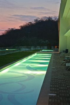 Secrets Huatulco Resort & Spa: Swim out pool from building 1