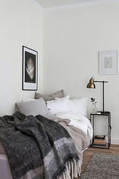 5 Bliss Tips AND Tricks: Minimalist Interior Color Living Rooms minimalist bedroom inspiration headboards.Warm Minimalist Home Minimalism minimalist bedroom color colour.Minimalist Home Modern Japanese Style. Appartement Design Studio, Studio Apartment Design, Apartment Interior, Apartment Nursery, One Room Apartment, Studio Apartments, Home Decor Bedroom, Bedroom Furniture, Bedroom Ideas