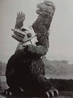 """Fun fact: Godzilla and MechaGodzilla were the stars of a little known adaptation of Shakespeare's """"Hamlet"""" with Godzilla as Hamlet and MechaG as Yorick Scary Monsters, Famous Monsters, Sci Fiction Movies, Old Posters, Strange Beasts, Japanese Monster, Classic Monsters, Weird Creatures, King Kong"""