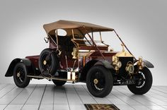 Rolls Royce 2025 sports sedan