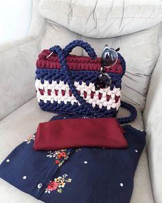 Kombinde yaptık anneme �� #canta #deryabaykallagulumse #hobi#çeyiz#örgü#örgüsepet #çanta #örgüsever##birlikteörelim #örmeyiseviyorum#elemeği #elişi #örelimgüzelleşelim #tığişi #gelin #yenigelin #dekor#knitting #crochet#annelergünü #hediye#gulumsetenfikirler#çantacı #giyim #aksesuar #moda #yenimodel #yenimoda#hobiseverlerburada http://turkrazzi.com/ipost/1524688583331884973/?code=BUoyDA6ly-t