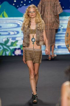 Anna Sui at New York Spring 2014