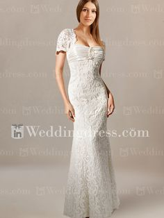 We offer a large variety of lace fit-n-flare wedding gown at the best prices available online.