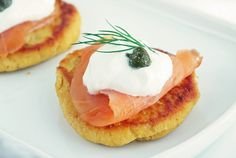 Awesome holiday party appetizer - Pumpkin Blini with smoked salmon, sour cream & capers recipe Holiday Party Appetizers, Paleo Appetizers, Appetizer Recipes, Gluten Free Pumpkin, Pumpkin Recipes, Paleo Recipes, Pumpkin Foods, Wild Salmon Recipe, Keep Recipe
