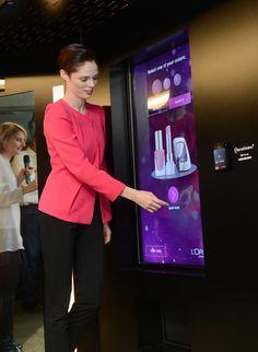 Influencia - Audace - Le distributeur automatique de L'Oréal à New-York