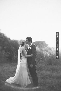Romance in Australia as seen through the lens of | VIA #WEDDINGPINS.NET