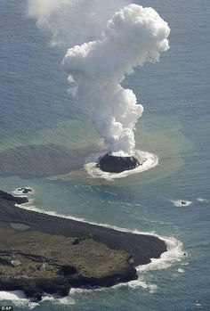 New baby volcano erupts off coast of Japan, creating a new island. When the volcano stops erupting and it dies off, birds will then populate the island, pooping seeds creating over time a beautiful lush new island. Volcan Eruption, Beautiful World, Beautiful Places, Fuerza Natural, Mont Fuji, Dame Nature, Natural Phenomena, Science And Nature, Natural Wonders