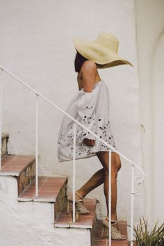 {Summer street style} | Straw hat, white off-the-shoulder eyelet dress, nude heels.