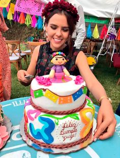 Fiesta Cake, Fiesta Party, Mexican Birthday Parties, 21st Birthday, Mexican Party Decorations, Party Themes, Frida Kahlo Party Decoration, Quinceanera Cakes, Doll Party