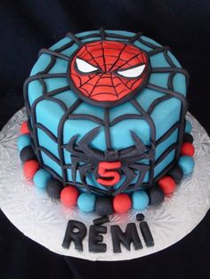 spiderman cake creation Maman gateau