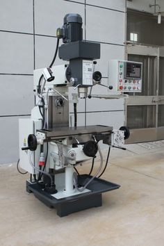 The drilling and Milling Machine advantage :  1.Three axis hardened treatment, high rigidity. 2.vertical horizontal multi-functional ,drilling ,milling, boring operation. 3.X axis mechanical feed,Y.Z axis can be added  the device 4.Gear transmission milling head, stable transmission, compact structure ,easy maintenance, easy to operate #turretmilling #millpress #verticalmilling #millingmachine #taiwanmilling #europemilling #highqualitymilling #drillingmillingmachine #knuthmilling #bernardomill Milling Machine, Machine Tools, Home Shop Machinist, Johnny Bravo, Garage Tools, Lathe, Cnc, Drill, Engineering