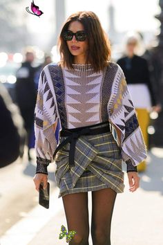 The Best Street Style From Paris Fashion Week  <br> It's the last stop on the fashion tour and everyone is pulling out their best looks. Fashion Week Paris, Fall Fashion Week, Daily Fashion, Autumn Fashion, Japan Fashion, Fashion Weeks, London Fashion, Looks Street Style, Nyfw Street Style