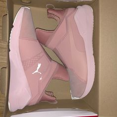 Women's Puma Fierce Athlux training shoes Cute Sneakers, Shoes Sneakers, Puma Shoes Women, Sneakers Fashion, Fashion Shoes, Fresh Shoes, Hype Shoes, Pumas Shoes, Training Shoes