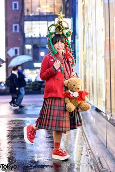 Fun Christmas Fashion – Tokyo Fashion News Christmas Fashion, Christmas Fun, Tokyo Fashion, Fashion News, Harajuku, Vintage Fashion, Street Style, Urban Style, Fashion Vintage