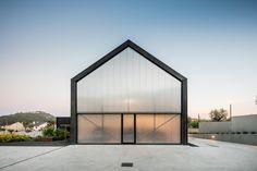 House in Ourém / Filipe Saraiva _ Ourém, Portugal _ 2016.