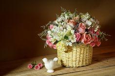 Astromelia,mini rosas y rosas de jardín