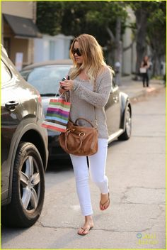 she always has the most comfiest sweaters...love the with with brown neutrals