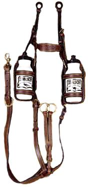 Kimberley Stockmans Breastplate with Water Bottles