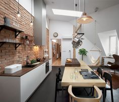 Loft in a Historic Tenement / CUNS