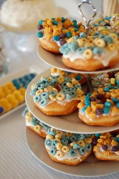 Cereal donuts, love cereal, love donuts so why not.