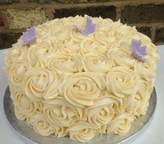 Rose swirl cake. www.londoncakepop.co.uk For a bridal shower ?
