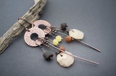 primitive earrings • rustic • handhammered oxidized copper • baltic Amber • old quartz • African beads • raw • handforged • artisan • ethnic by entre2et7 on Etsy