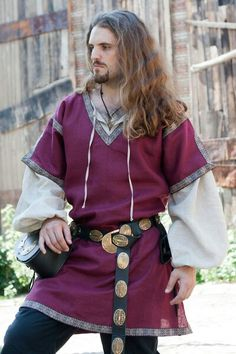 Medieval tunic and overtunic set. for sale :: by medieval store ArmStreet Renaissance Costume, Medieval Costume, Renaissance Clothing, Medieval Fashion, Medieval Tunic, Medieval Armor, Medieval Pattern, Historical Costume, Historical Clothing