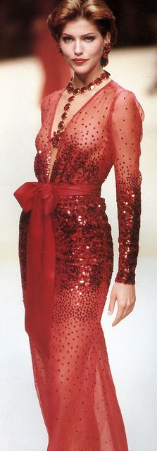 Fashion Details | Rosamaria G Frangini || Stunning embroided red dress | Luxe Be a Lady***