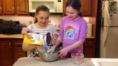 Science With Kids: DIY Oobleck - a Non-Newtonian Fluid