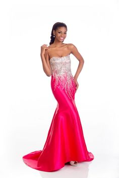 Ziphozakhe Zokufa Miss South Africa evening dress for Miss Universe.