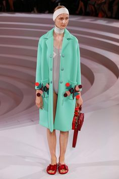 Anya Hindmarch | Ready-to-Wear Spring 2017 | Look 38