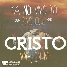 Gálatas 2:20 Con Cristo estoy juntamente crucificado, y ya no vivo yo, mas vive Cristo en mí; y lo que ahora vivo en la carne, lo vivo en la fe del Hijo de Dios, el cual me amó y se entregó a sí mismo por mí. ♔