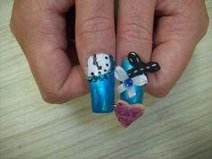 Mind Blowing 3D Nail Art: Alice Nails Thumbs ~ fixstik.com Nail Art Inspiration
