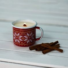RED CINNAMON CANDLE | CHRISTMAS - Emalco Enamelware