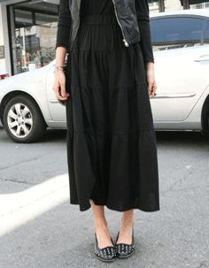 gathered tiered stretch long peasant skirt  CODE: MGM631  Price: SG $35.10 (US $28.31)