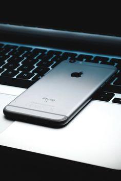 "luxuryera: "" iPhone x Macbook Pro Photographer: rotkiff "" Walpaper Iphone, Iphone Wallpaper, Macbook Pro, Ipod, Apple Business, Top Mobile Phones, Accessoires Iphone, Ex Machina, Apple Inc"