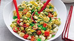 Thomas Dux - Pasta salad with chicken, broad beans and pesto