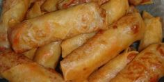 Spring rolls are an Asian appetizer consisting of a paper-thin pastry sheet filled with a choice of ingredients, rolled into a cylindrica. Spring Roll Pastry, Vegetable Spring Rolls, Asian Appetizers, Brunch, Asian Recipes, Ethnic Recipes, Arabic Recipes, Roasted Salmon, Pizza