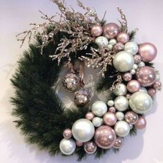 50 Rose Gold Christmas Decor Ideas so that your home tells a Sweet Romantic Story - Hike n Dip Let your Christmas Decoration spell out luxury, elegance & affluence. Here are some Rose Gold Christmas Decor Ideas for you that are simply perfect. Rose Gold Christmas Tree, Rose Gold Christmas Decorations, Christmas Candles, Christmas Tree Decorations, Christmas Wreaths, Christmas Crafts, White Christmas, Christmas Tree Picks, Christmas Fireplace