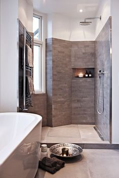 Check out the drain on the side of the shower floor cfi/ hygge - Bruseniche. Towel warmer and walk in shower dreams. Bad Inspiration, Bathroom Inspiration, Bathroom Spa, Bathroom Interior, Home Interior Design, Interior Architecture, Shower Floor, Shower Walls, Wet Rooms