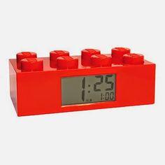 rogeriodemetrio.com: LEGO Red Brick Alarm Clock