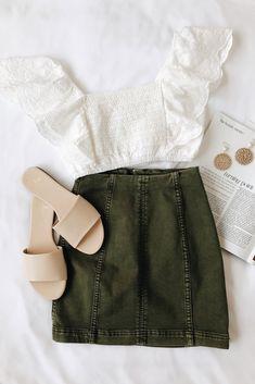 Modern Femme Olive Green Denim Mini Skirt – Daily Posts for Women Summer School Outfits, Spring Outfits, Trendy Outfits, Fashion Outfits, Womens Fashion, Fashion Trends, Outfit Summer, Spring Dresses, Fashion Ideas