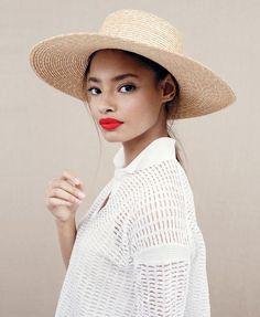 пляжная мода, соломенная шляпа, лето, отпуск, красная помада, beach style, hat, damsel in dior